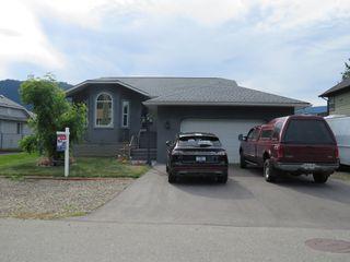 Main Photo: 430 Dogwood Avenue: Sicamous House for sale (Shuswap/Revelstoke)  : MLS®# 10214114