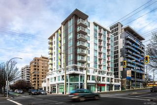 Photo 1: 802 1090 Johnson St in : Vi Downtown Condo Apartment for sale (Victoria)  : MLS®# 855781