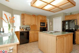 Photo 4: 14460 18A AV in Surrey: House for sale : MLS®# F1021975