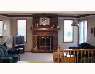 Photo 2:  in CALGARY: Shawnessy Residential Detached Single Family for sale (Calgary)  : MLS®# C3292765