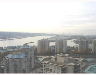 """Photo 9: 1604 814 ROYAL Avenue in New_Westminster: Downtown NW Condo for sale in """"The News North"""" (New Westminster)  : MLS®# V676839"""