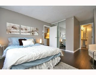 Photo 9: 324 1979 YEW Street in Vancouver: Kitsilano Condo for sale (Vancouver West)  : MLS®# V693764