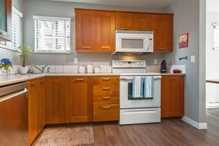 """Photo 9: 6 98 BEGIN Street in Coquitlam: Maillardville Townhouse for sale in """"Le Parc"""" : MLS®# R2390073"""