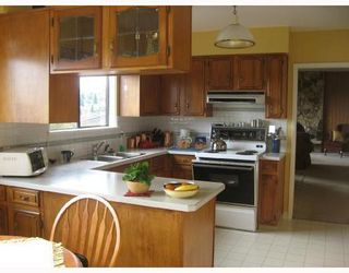 Photo 6: 1064 HOLDOM Ave: Parkcrest Home for sale ()  : MLS®# V707904