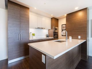 Photo 4: : Vancouver Condo for rent : MLS®# AR113
