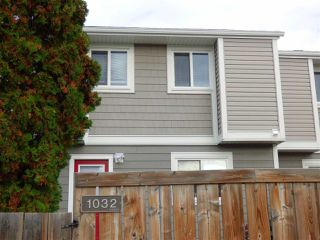 Photo 10: 1032 LAKEWOOD Road N in Edmonton: Zone 29 Townhouse for sale : MLS®# E4176231