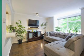 """Photo 6: 32 7488 SOUTHWYNDE Avenue in Burnaby: South Slope Townhouse for sale in """"Ledgestone"""" (Burnaby South)  : MLS®# R2459447"""