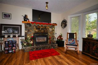Photo 3: 3279 Sedgwick Dr in Colwood: Co Triangle House for sale : MLS®# 844298