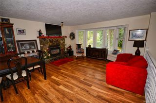 Photo 8: 3279 Sedgwick Dr in Colwood: Co Triangle House for sale : MLS®# 844298