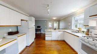 """Photo 9: 1826 WILLOW Crescent in Squamish: Garibaldi Estates House for sale in """"GARIBALDI ESTATES"""" : MLS®# R2485602"""