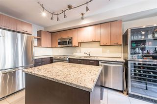 "Photo 4: 159 6671 121 Street in Surrey: West Newton Townhouse for sale in ""SALUS"" : MLS®# R2492392"