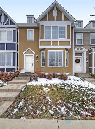 Photo 1: 482 RAINBOW FALLS Drive: Chestermere Row/Townhouse for sale : MLS®# A1050827