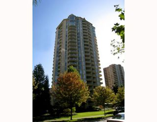 "Main Photo: 106 6188 PATTERSON Avenue in Burnaby: Metrotown Condo for sale in ""WIMBLEDON CLUB"" (Burnaby South)  : MLS®# V793816"