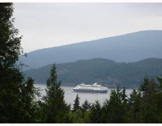 "Photo 1: 931 WINDJAMMER Road: Bowen Island House for sale in ""BLUEWATER"" : MLS®# V637281"