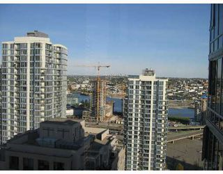 "Photo 3: 2606 950 CAMBIE Street in Vancouver: Downtown VW Condo for sale in ""PACIFIC LANDMARK"" (Vancouver West)  : MLS®# V645132"