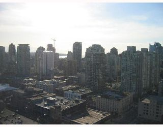 "Photo 5: 2606 950 CAMBIE Street in Vancouver: Downtown VW Condo for sale in ""PACIFIC LANDMARK"" (Vancouver West)  : MLS®# V645132"