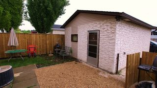 Photo 2: 416 Murray Avenue in Winnipeg: Residential for sale (North West Winnipeg)  : MLS®# 1111849