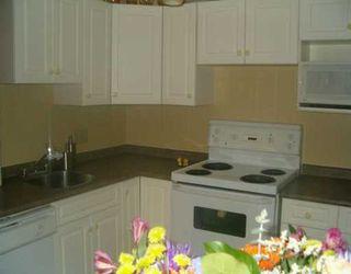 Photo 2: 202 101 SWINDON Way in WINNIPEG: River Heights / Tuxedo / Linden Woods Condominium for sale (South Winnipeg)  : MLS®# 2702171