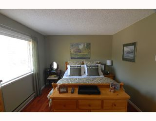 Photo 7: 1785 RUFUS Drive in North_Vancouver: Westlynn House 1/2 Duplex for sale (North Vancouver)  : MLS®# V690998