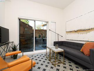 Photo 6: 103 991 McKenzie Avenue in VICTORIA: SE Quadra Condo Apartment for sale (Saanich East)  : MLS®# 417627