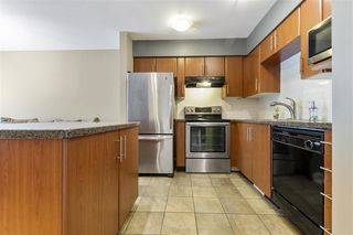 "Photo 4: 34 6110 138 Street in Surrey: Sullivan Station Townhouse for sale in ""Seneca Woods"" : MLS®# R2440754"