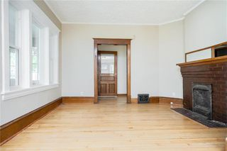 Photo 6: 689 Beverley Street in Winnipeg: West End Residential for sale (5A)  : MLS®# 202009556