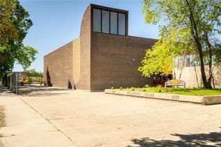 Photo 26: 689 Beverley Street in Winnipeg: West End Residential for sale (5A)  : MLS®# 202009556