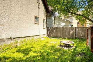 Photo 25: 689 Beverley Street in Winnipeg: West End Residential for sale (5A)  : MLS®# 202009556