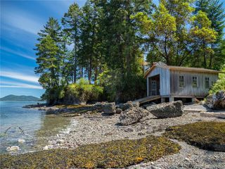 Photo 4: Clam Bay Rd, Pender Island BC V0N 2M1 in Pender Island: GI Pender Island House for sale (Gulf Islands)  : MLS®# 845033