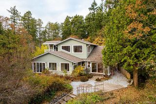 Photo 2: 755 Towner Park Rd in : NS Deep Cove Single Family Detached for sale (North Saanich)  : MLS®# 850643