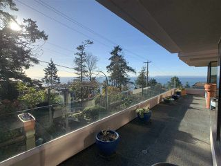 "Photo 38: 1219 MARTIN Street: White Rock Condo for sale in ""Seaview Residences"" (South Surrey White Rock)  : MLS®# R2520466"