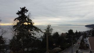 "Photo 13: 1219 MARTIN Street: White Rock Condo for sale in ""Seaview Residences"" (South Surrey White Rock)  : MLS®# R2520466"