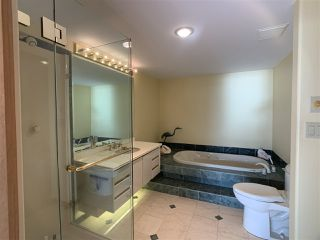 "Photo 32: 1219 MARTIN Street: White Rock Condo for sale in ""Seaview Residences"" (South Surrey White Rock)  : MLS®# R2520466"