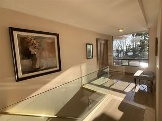 "Photo 5: 1219 MARTIN Street: White Rock Condo for sale in ""Seaview Residences"" (South Surrey White Rock)  : MLS®# R2520466"