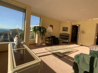 "Photo 31: 1219 MARTIN Street: White Rock Condo for sale in ""Seaview Residences"" (South Surrey White Rock)  : MLS®# R2520466"