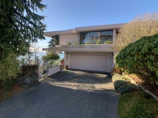 "Photo 4: 1219 MARTIN Street: White Rock Condo for sale in ""Seaview Residences"" (South Surrey White Rock)  : MLS®# R2520466"