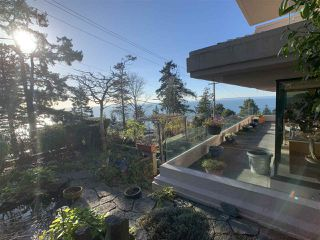 "Photo 37: 1219 MARTIN Street: White Rock Condo for sale in ""Seaview Residences"" (South Surrey White Rock)  : MLS®# R2520466"