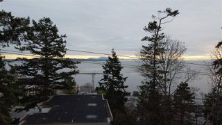 "Photo 14: 1219 MARTIN Street: White Rock Condo for sale in ""Seaview Residences"" (South Surrey White Rock)  : MLS®# R2520466"