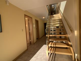 "Photo 26: 1219 MARTIN Street: White Rock Condo for sale in ""Seaview Residences"" (South Surrey White Rock)  : MLS®# R2520466"
