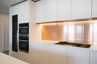 """Photo 14: 5505 1480 HOWE Street in Vancouver: Downtown VW Condo for sale in """"VANCOUVER HOUSE"""" (Vancouver West)  : MLS®# R2526869"""