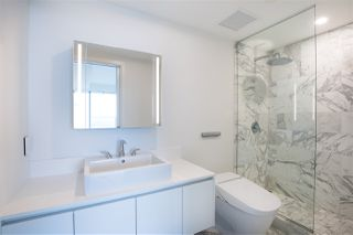 """Photo 35: 5505 1480 HOWE Street in Vancouver: Downtown VW Condo for sale in """"VANCOUVER HOUSE"""" (Vancouver West)  : MLS®# R2526869"""
