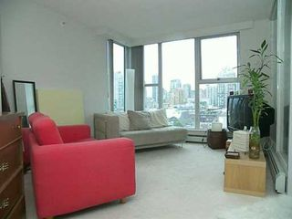 "Photo 2: 1502 1009 EXPO BV in Vancouver: Downtown VW Condo for sale in ""LANDMARK 33"" (Vancouver West)  : MLS®# V594781"