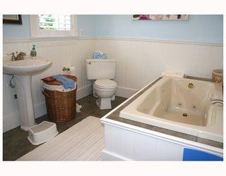Photo 16: 669 E 21ST Avenue in Vancouver: Fraser VE House for sale (Vancouver East)  : MLS®# V711386
