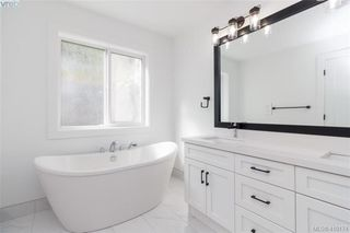 Photo 12: 3512 Myles Mansell Road in VICTORIA: La Walfred Single Family Detached for sale (Langford)  : MLS®# 419174