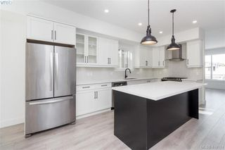 Photo 7: 3512 Myles Mansell Road in VICTORIA: La Walfred Single Family Detached for sale (Langford)  : MLS®# 419174