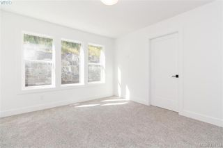 Photo 9: 3512 Myles Mansell Road in VICTORIA: La Walfred Single Family Detached for sale (Langford)  : MLS®# 419174