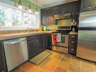 "Photo 3: 2577 THE Boulevard in Squamish: Garibaldi Highlands House for sale in ""Garibaldi Highlands"" : MLS®# R2475081"