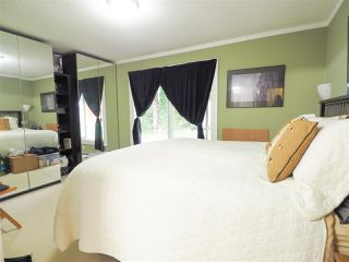"Photo 5: 2577 THE Boulevard in Squamish: Garibaldi Highlands House for sale in ""Garibaldi Highlands"" : MLS®# R2475081"