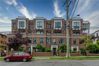 Photo 1: 309 1011 Burdett Ave in Victoria: Vi Downtown Condo for sale : MLS®# 844508