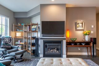 Photo 9: 309 1011 Burdett Ave in Victoria: Vi Downtown Condo for sale : MLS®# 844508